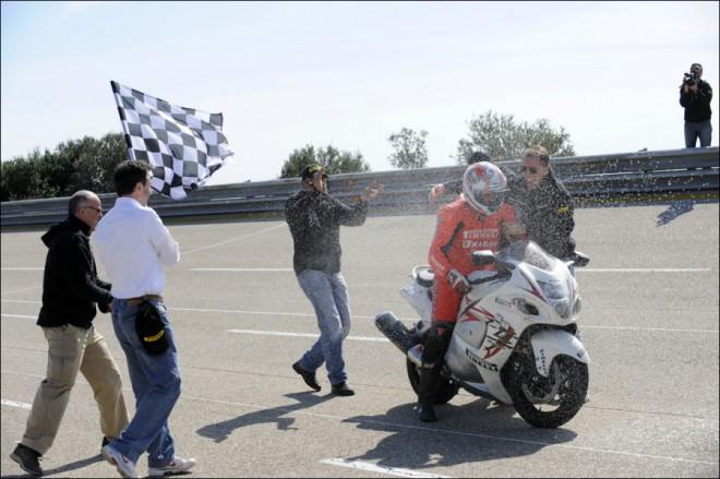 24hod rekord na pneumatikách Pirelli Angel ST