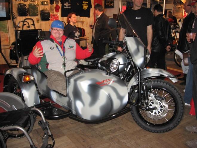 Motorkáøské projekty s dobrým srdcem  -  MC Outdoors Riders