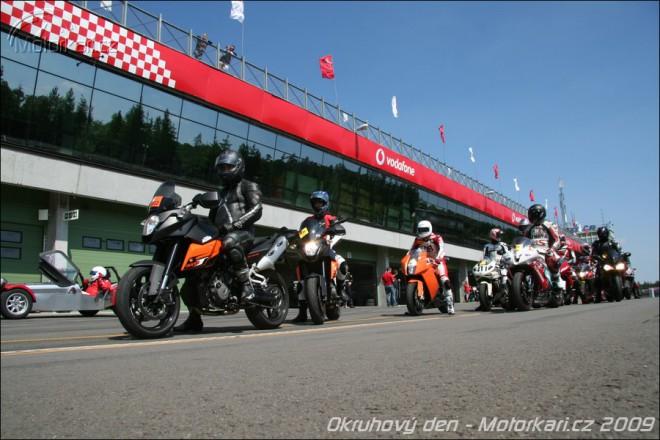 Okruhov� KTM ned�le v Brn�