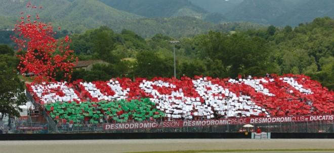 Ducati tribuna na SBK v Brnì