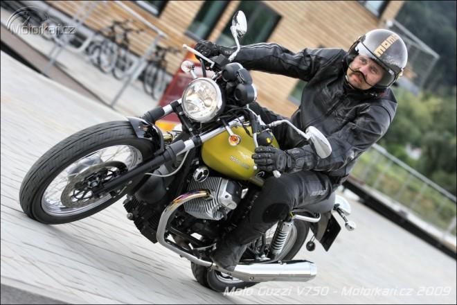 Moto Guzzi V7 Caf� Classic