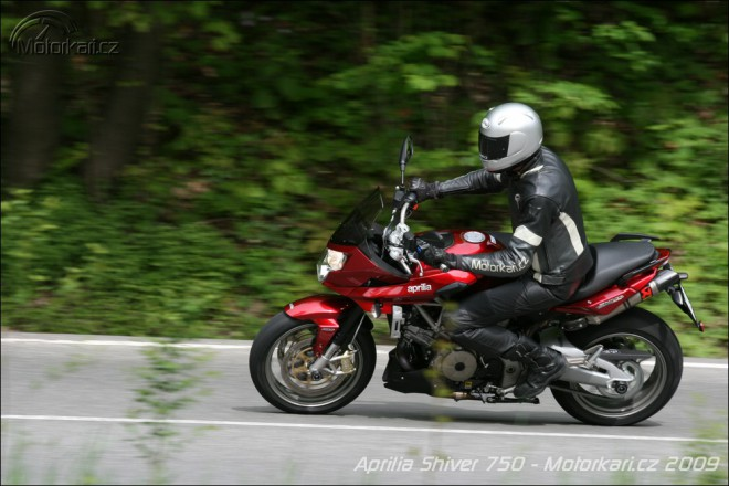 Aprilia Shiver GT750