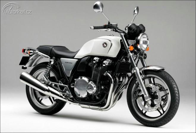 Honda CB1100 a VFR1200F míøí do Tokia