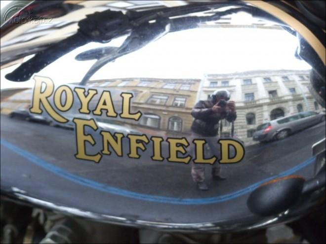 6+1 state�n�ch aneb podzimn� sraz Royal Enfield