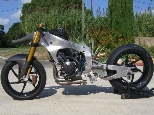 Moto2: Video z prvního testu motocyklu Tech3
