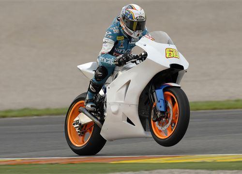 MotoGP: Radio Paddock hlásí - novinky z Moto2 (2.)