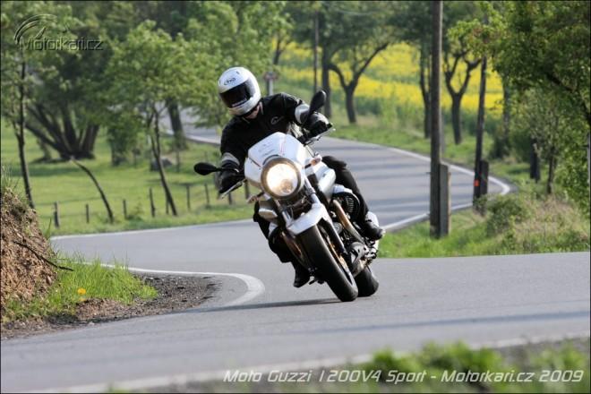 Moto Guzzi 1200 Sport 4V
