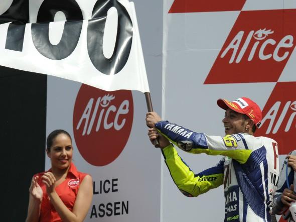 MotoGP: Yamaha zaèala jednat s Rossim