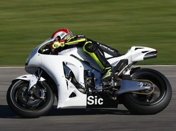 Simoncelli: S Aprilií ve WSBK je to lehèí než s Hondou v MotoGP