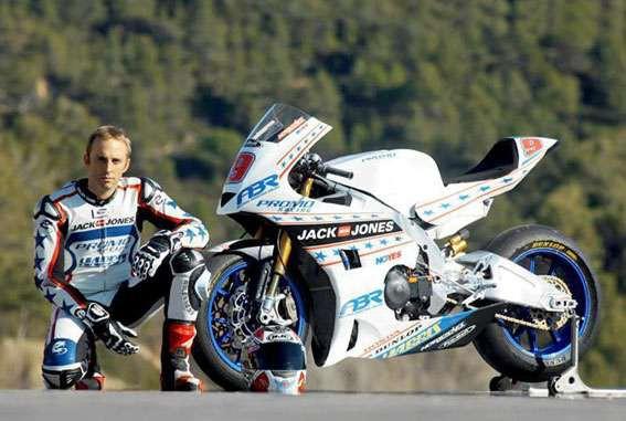 Moto2: Jediný Amerièan ve startovní listinì