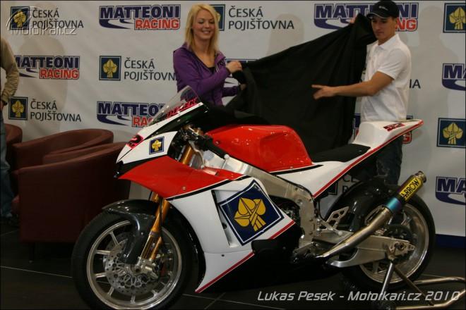 Pøedstavení nové motorky Lukáše Peška