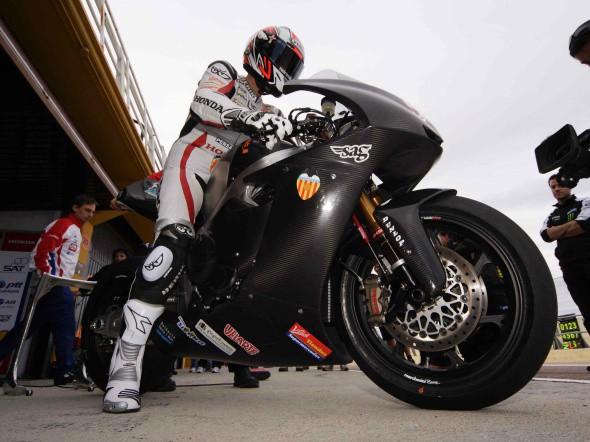 Moto2: Faubel m�sto Lonboise