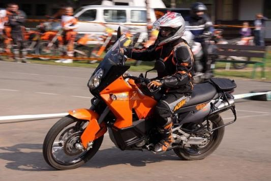 Pojeïte na KTM Klub Ride do Hoøic!