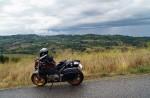 Deš�ové mraky nad typickou toskánskou krajinou