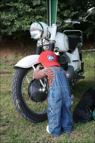 Na motocyklech zahradou Anglie 25. West Kent Run 30. 7. – 4. 8. 2009