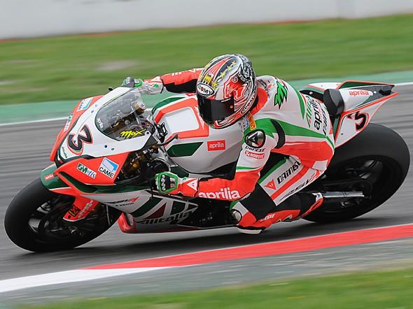 Biaggi nejrychlejším jezdcem první den testù superbikù