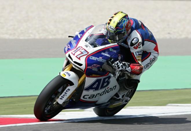 Karel Abraham zajel v Assenu nejlepší závod v Moto2, skonèil devátý