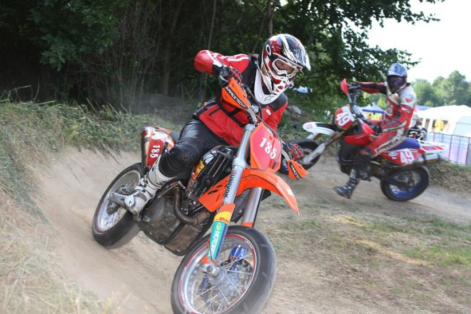 Supermoto ve Vy�kov�