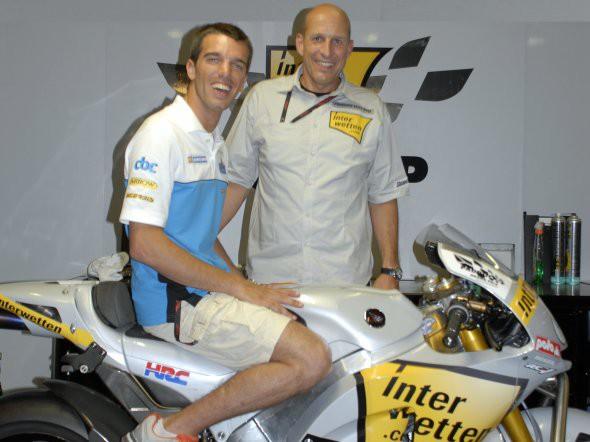 De Angelis do MotoGP, Pitt do Moto2
