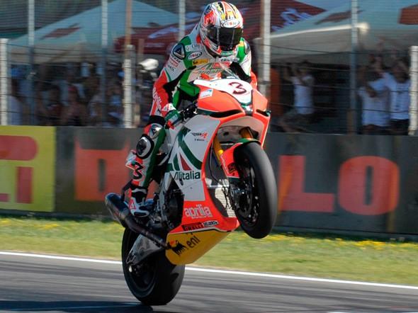 Max Biaggi do roku 2012 u Aprilie