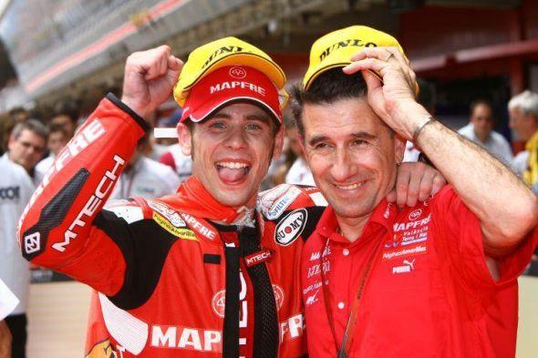 V roce 2012 opìt souboj italských rivalù Rossiho s Biaggim (2.)
