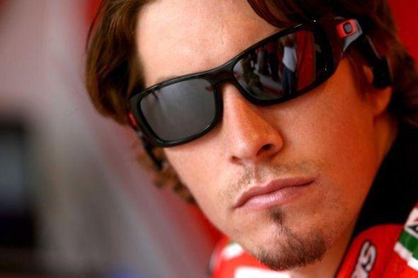 Nicky Hayden na další dva roky u Ducati