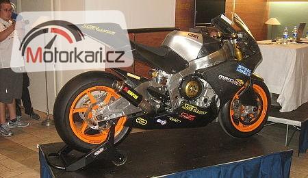 Motocykl MotoGP Suter - BMW je pøipraven závodit