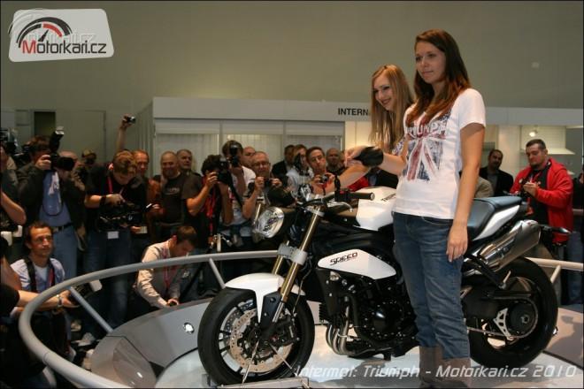 Intermot 2010: Triumph