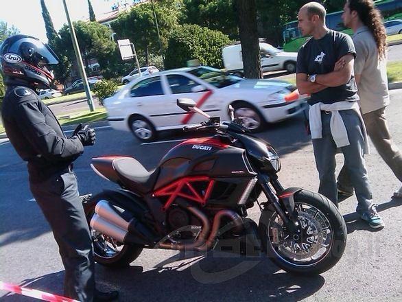 Ducati Diavel bez maskování!