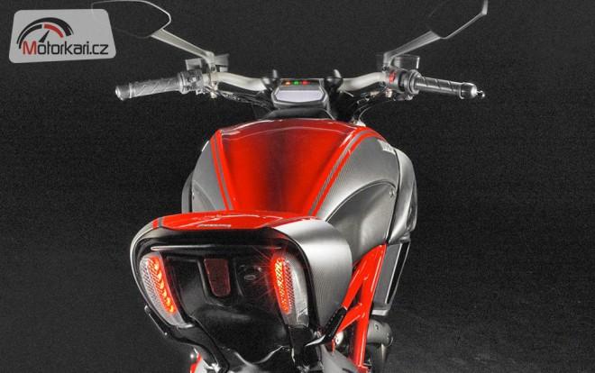 Ducati Diavel - ofici�ln� fotografie