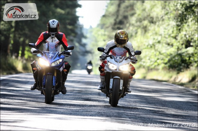 Yamaha FZ1 Fazer vs Fazer8