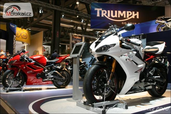 Eicma 2010: Triumph
