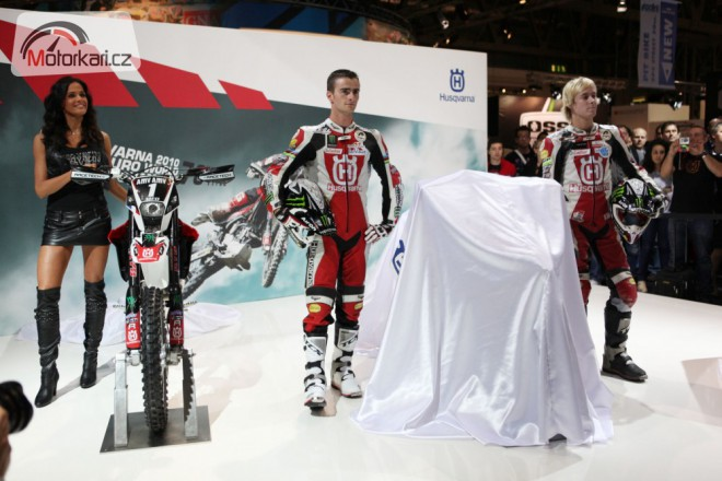 Eicma 2010: Husqvarna a BMW