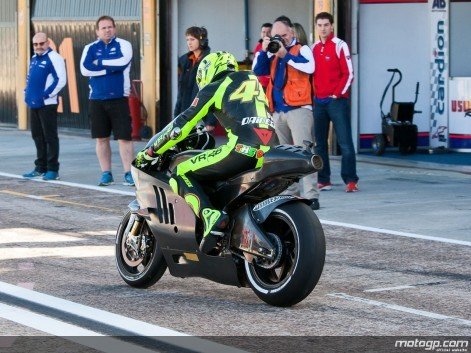 MotoGP - test ve Valencii, 1. den