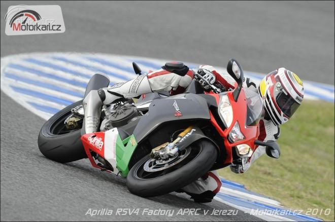 Test Aprilia RSV4 Factory APRC na okruhu v Jerezu