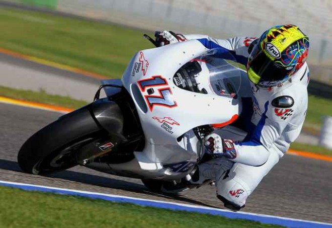 Karel Abraham zrychlil, u Ducati spokojeni