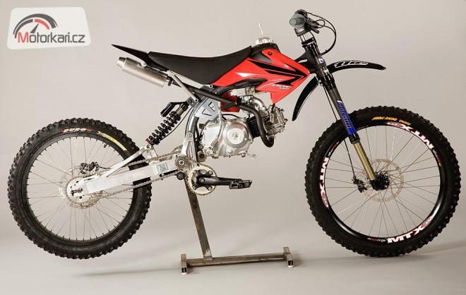 Motoped - horské kolo s motorem