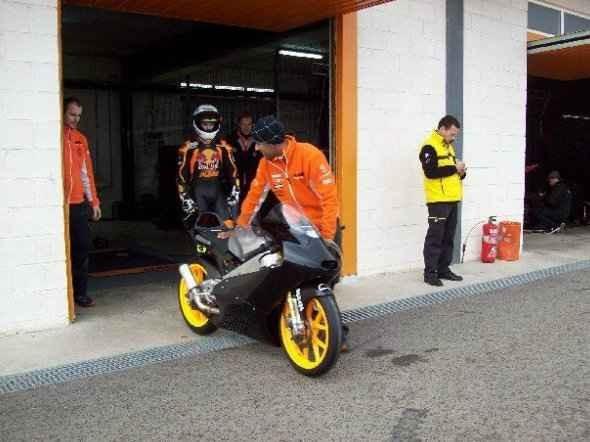 První test KTM Moto3 v Cartagenì