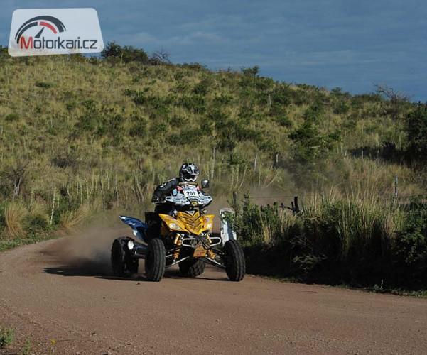 Dakar, 11. etapa: Macháèek zlomil zadní poloosu a skonèil