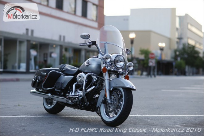 Harley-Davidson Road King FLHRC