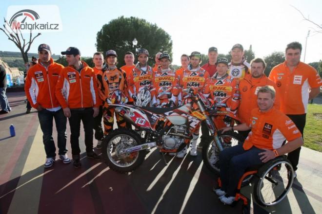 KTM pøedstavila tovární enduro tým 2011