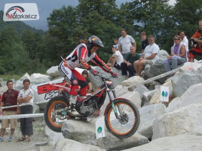 Holky a motorky: Koèky v trialu