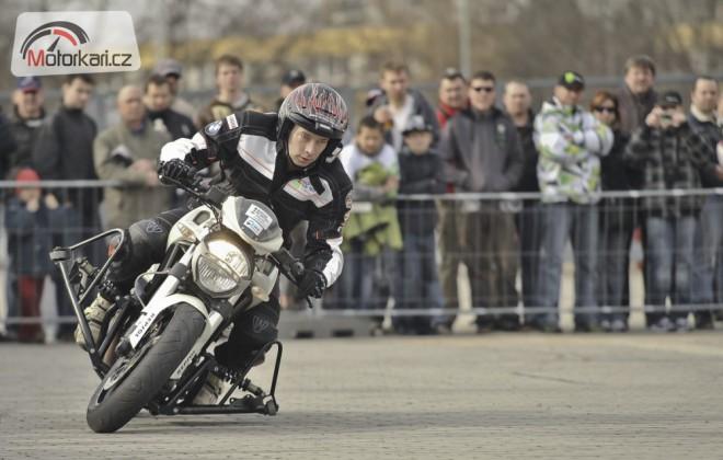 Projekt Bezpeènì na motorce odstartoval