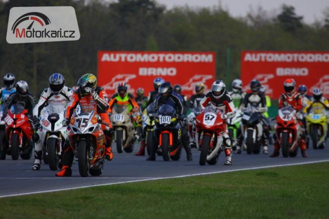Úvodní závod Czech Superstock Cupu