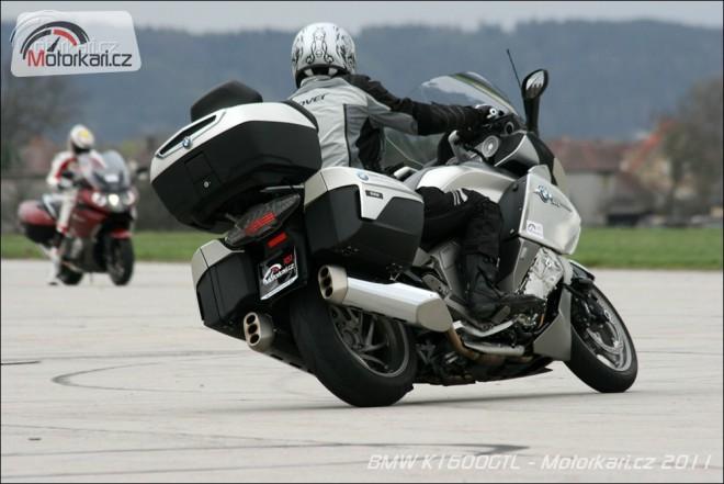 Všechny motocykly BMW v USA už jen s ABS