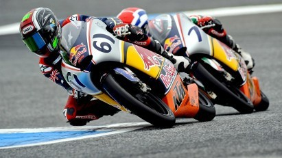 Red Bull Rookies v Estorilu