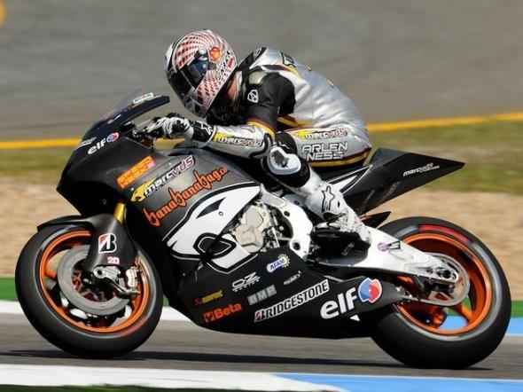 Estoril: Testy Moto2 a Suteru-BMW Moto1