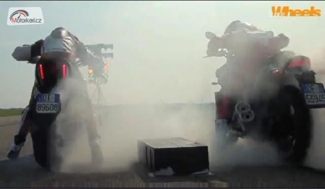 Diavel vs V-Max na ètvrt míle