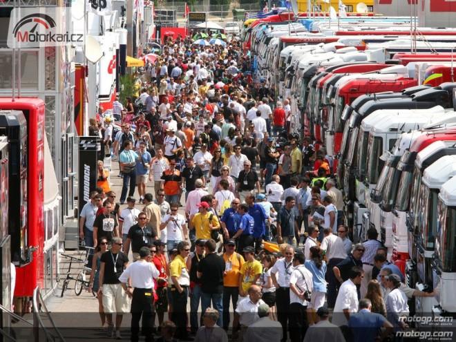PitWalk+Paddock pøi GP v Brnì