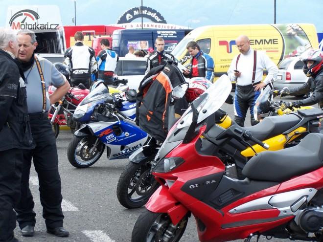Kurzy jízdy - motoškola Stop nehodám